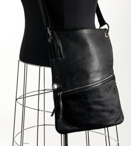 Image of Trio Versatile Shoulder Handbag - Dyed Black