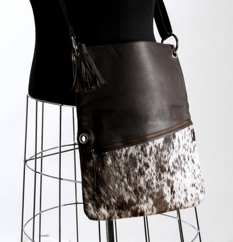Image of Trio Versatile Shoulder Handbag - Choc & White #10