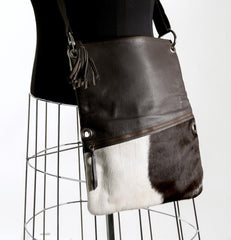 Trio Versatile Shoulder Handbag - Choc & White #12