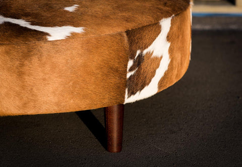 Cowhide Ottoman Round Brown and White Wood Legs 110x110x40cm
