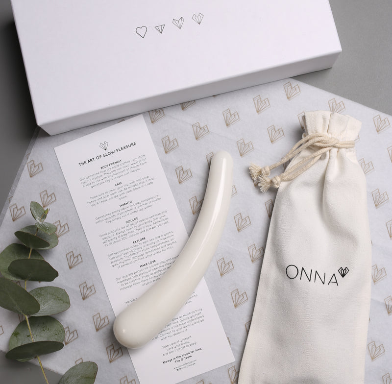 VALENTINES PLEASURE SET -  YONI MASSAGE - ONNA