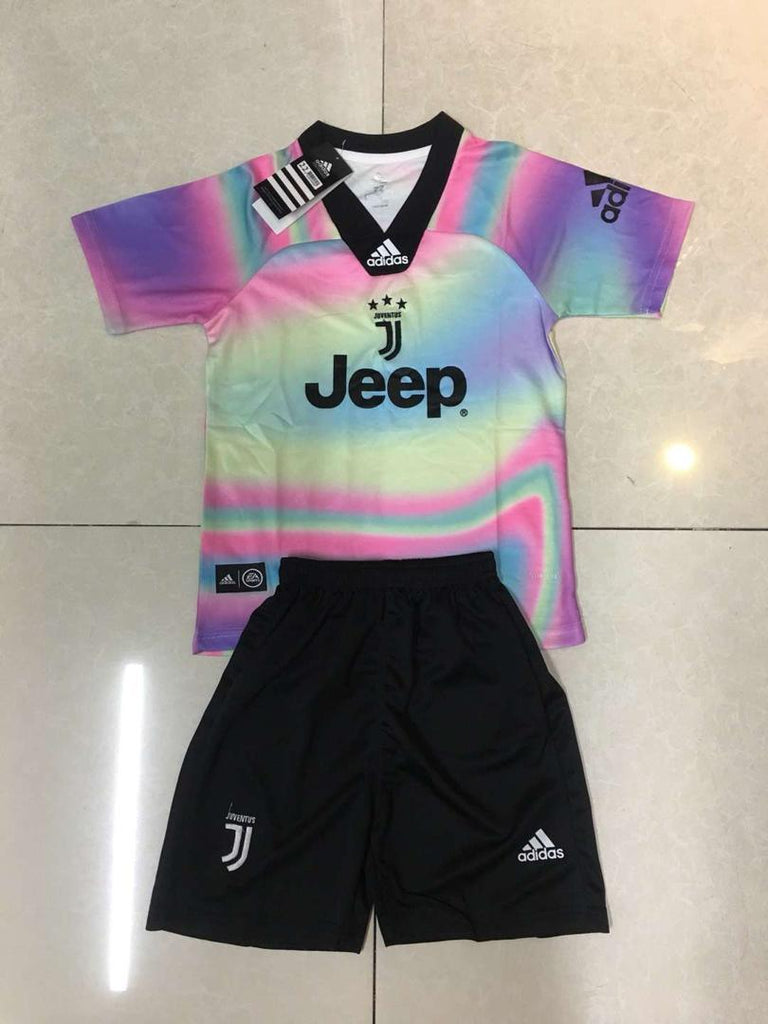 free shipping 49b20 ccc5f Juventus KIDS EA Sports Limited Edition Jersey+Free Shorts ...