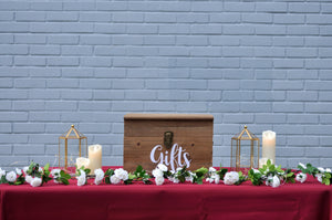 Burgundy Rustic Reception Table (1 ang bao box)