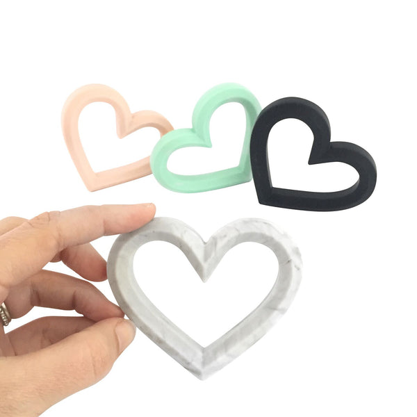 Adore Teether BLACK