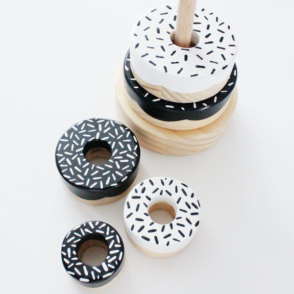 Donut Stacker MONOCHROME