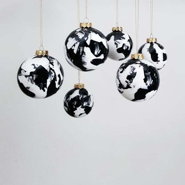 Personalised SMALL (8cm) Christmas Baubles (Gift Box Included)