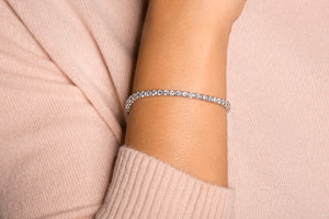 18K Diamond Classic Bracelet 5.84 CT FSI