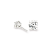 Solitaire Diamond Earrings 18K White gold 1.06 CT