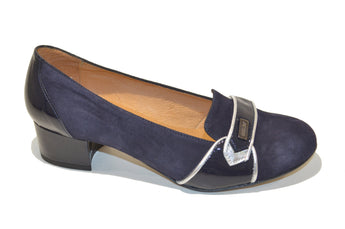 Women´s Blue Suede Classic Leather Shoes with Low Heel