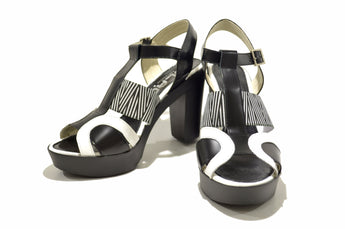 Women's Black Leather and Printed Material Sandal with High Heel and Plataform