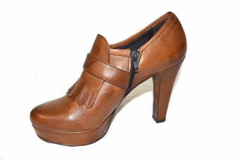 Brown Shoe Leather High Heels With Bangs And Buckle In Front