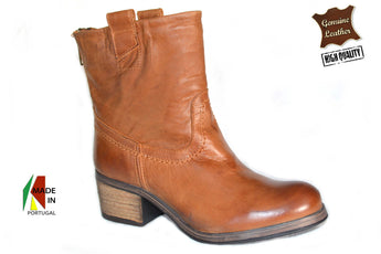 Women´s Brown Leather Boots with Mid Heel
