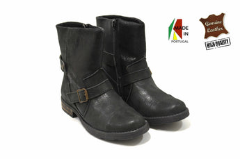 Girl's Shiny Black Boots in Genuine Leather