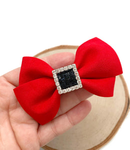 Santa AMELLIA bow (necklace not included)