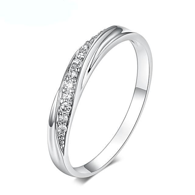 Simple  Zirconia Princess Ring