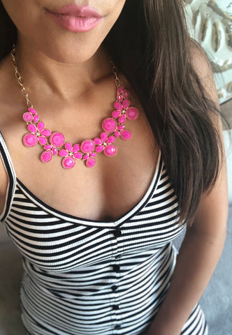 Roselle Fucshia Statement Necklace Set
