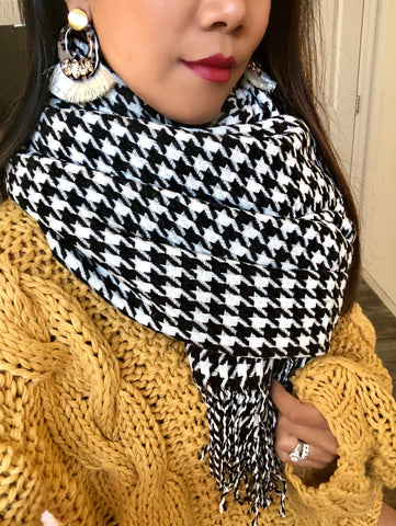 Morgan Houndstooth Blanket Scarf
