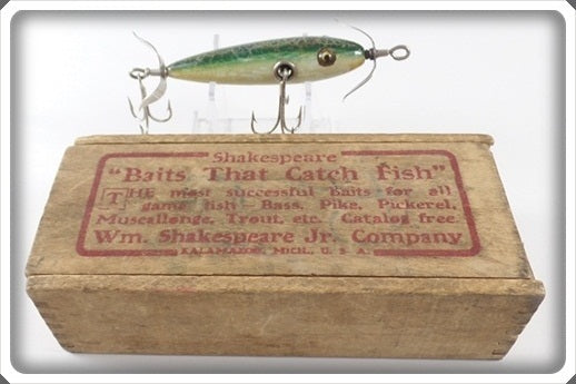 Shakespeare Green Crackleback Minnow In Wooden Box