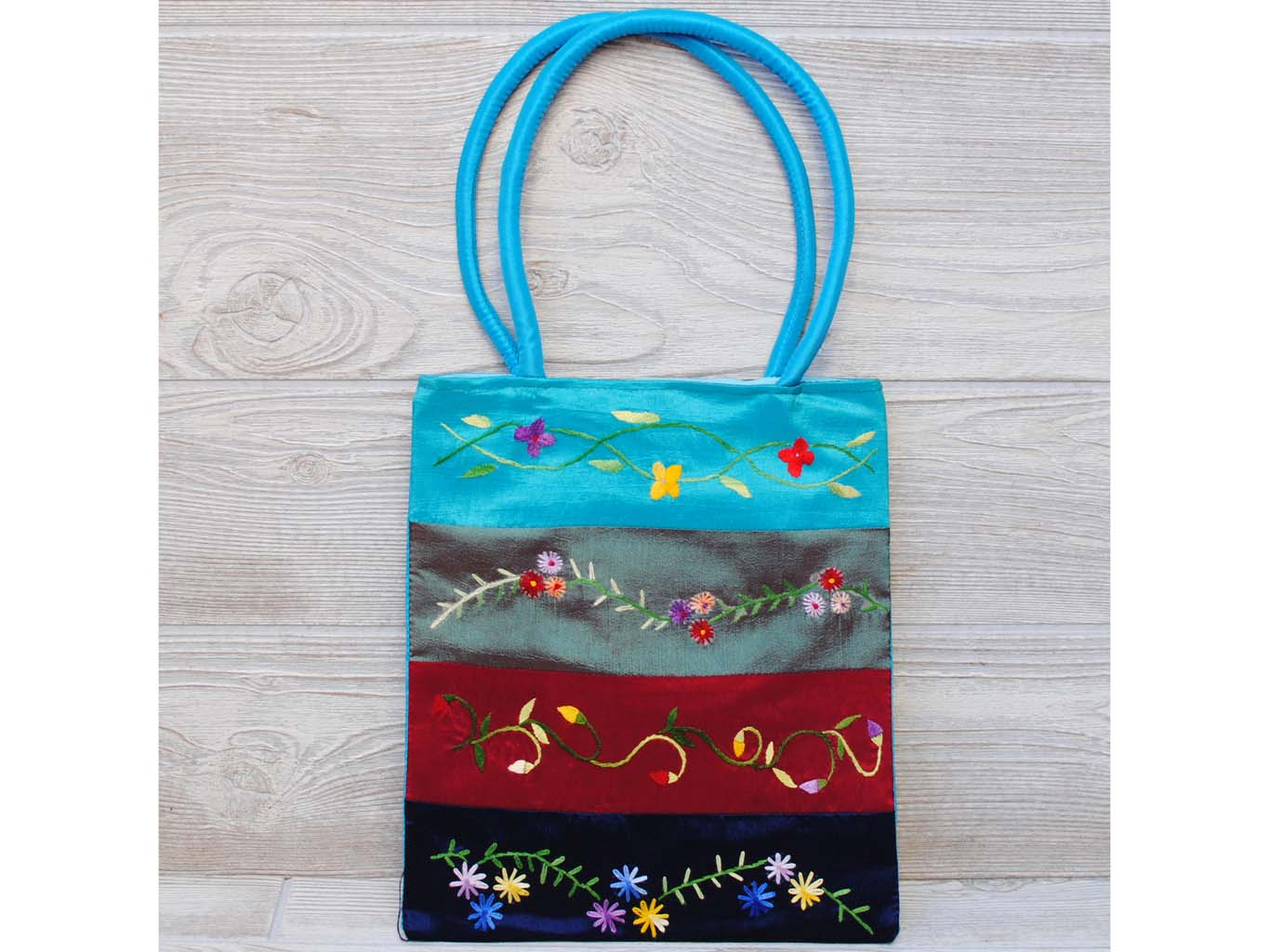 Silk Floral Embroidery Bag 113