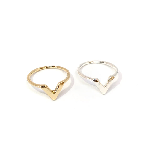 dainty V ring in gold and silver - minimalist jewelry