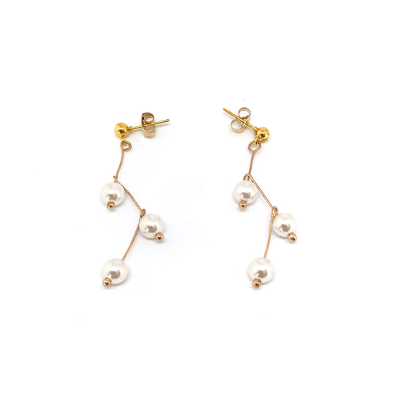 ZIg Zag Pearl Earrings- Dainty pearl drop earrings, Minimal gold twig earrings - Kurumidori