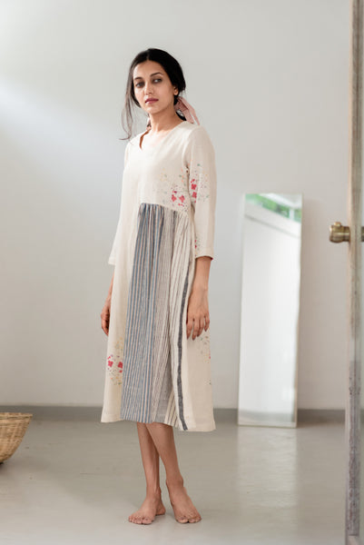 Off White Side Gathered Dress