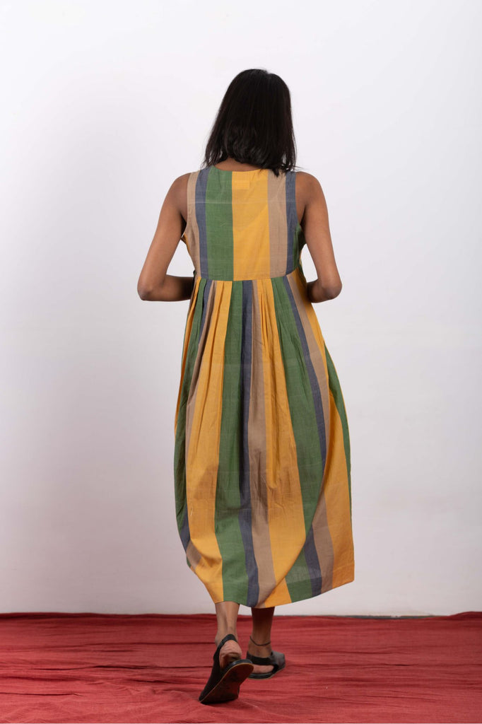 sustainable ethical fashion brand making organic dresses suitable for summers.