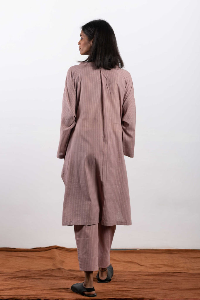Ethically made clothing for women in India, sourced through fair trade organizations.