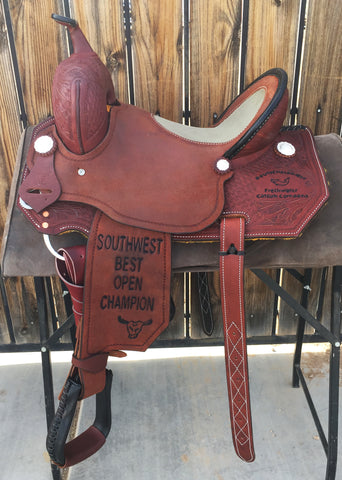 Maverick Trophy Barrel Saddle MSTBR-012