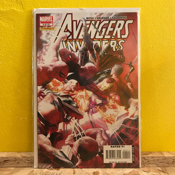 Marvel - Avengers Invaiders - Comic - (Issue 04)