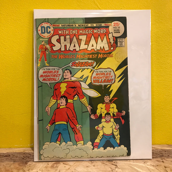 DC - Shazam! - No 19 - Comic