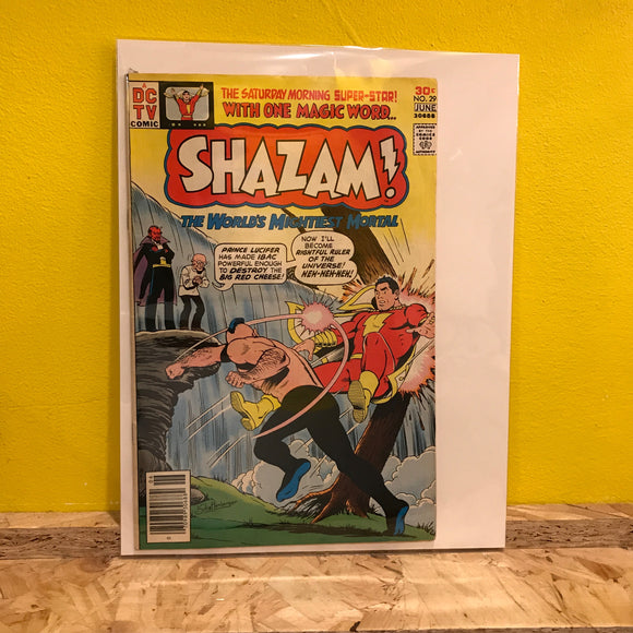 DC - Shazam! - No 29 - Comic