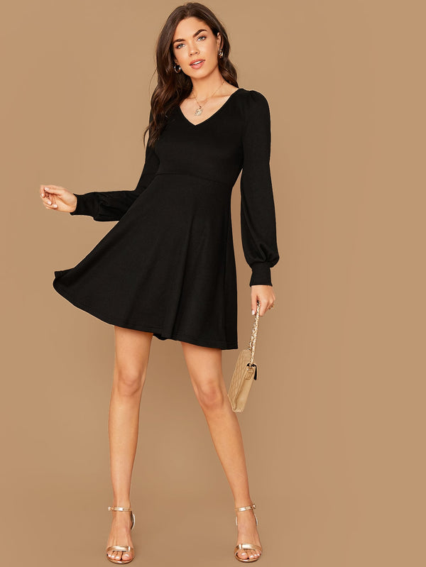 V-neck Lantern Sleeve Solid Dress - Bomberish