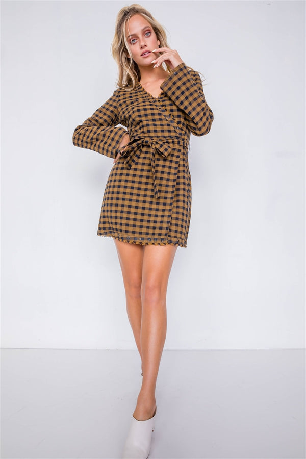 Plaid Checkered Grommet Raw Hem Mini Dress - Bomberish