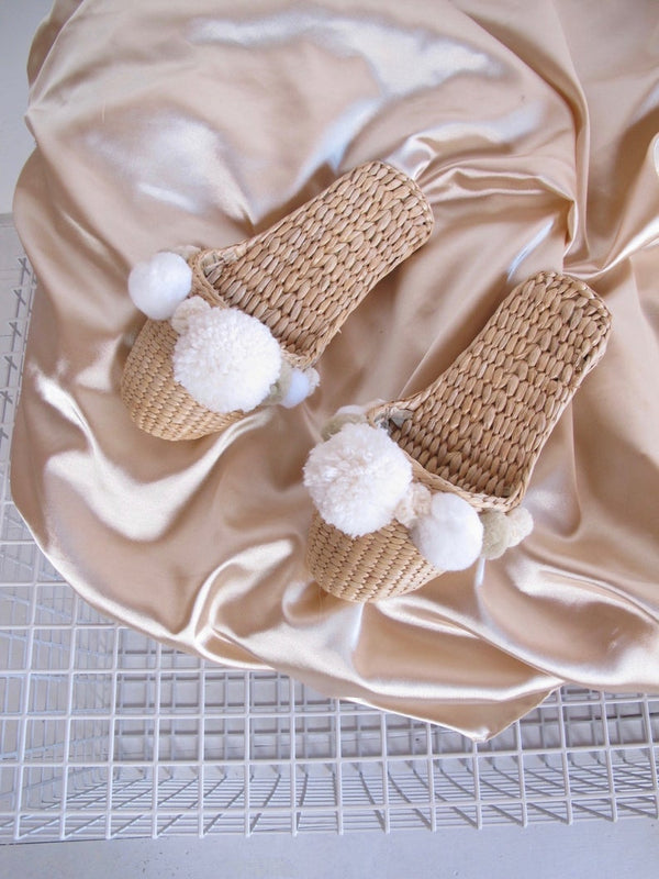White handmade pom pom slippers - Bomberish