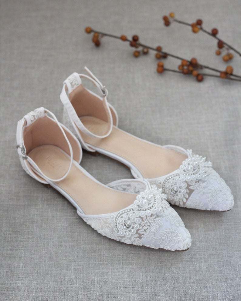 WHITE CROCHET LACE Pointy toe flats with Pearls Applique - Bomberish