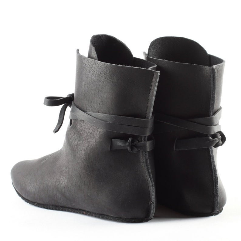 Gift Black real leather boots - Bomberish
