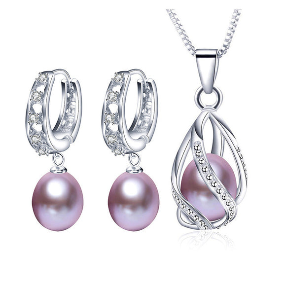 Delicate Jewelry Set made with Charming Natural Freshwater Pearls