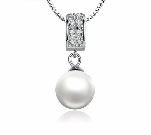 Attractive Pearl Necklace made of Sterling Silver