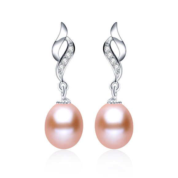 Delicate Pearls Earring made with Charming Natural Pearls