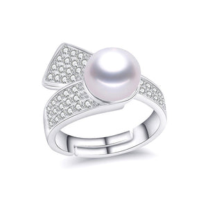 Sparkling 925 Sterling Silver Ring with Charming Natural Freshwater Pearl