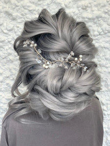 Tumbled Starpetal Hairvine in Silver