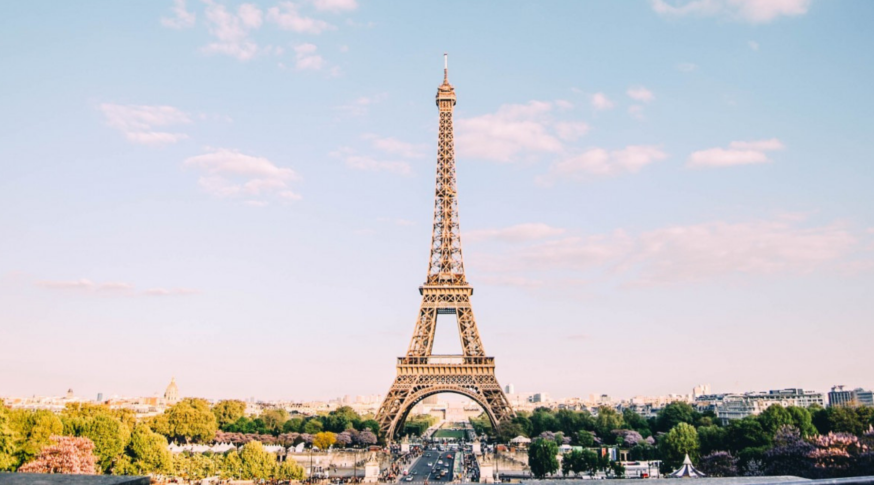 ULTIMATE List of Paris Lifestyle Blogs and Sites that Accept Guest Posts wallpaper