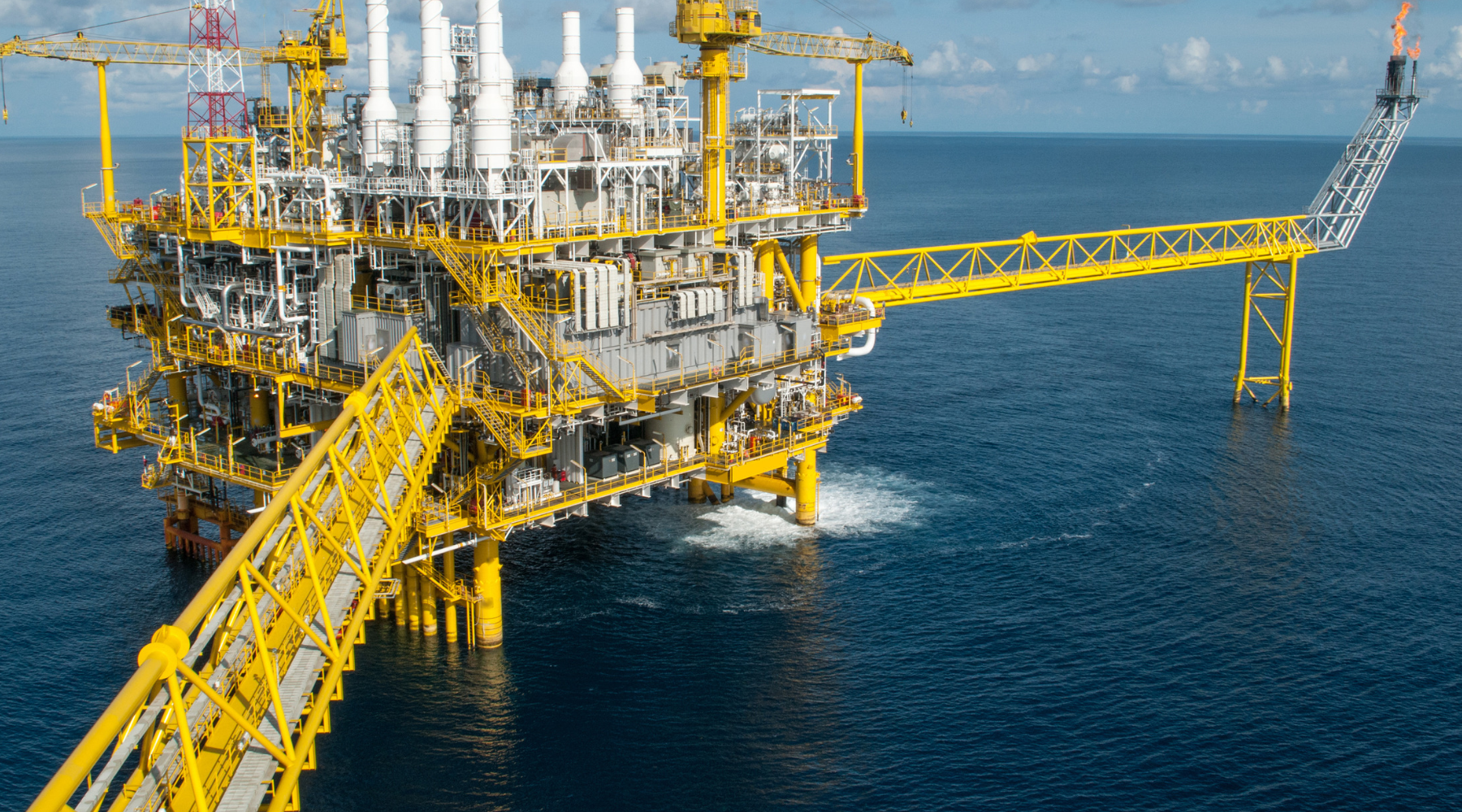 ULTIMATE List of UK Oil And Gas Blogs and Sites for Publishing Guest Posts wallpaper