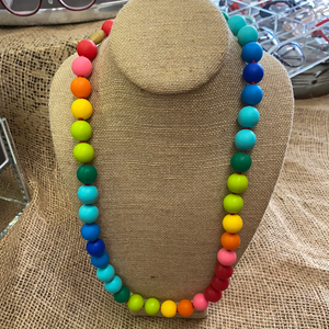 CHRISTOPHER NECKLACE/RAINBOW