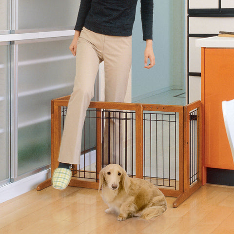 Image of Freestanding Pet Gate - www.peterspetsupplies.com