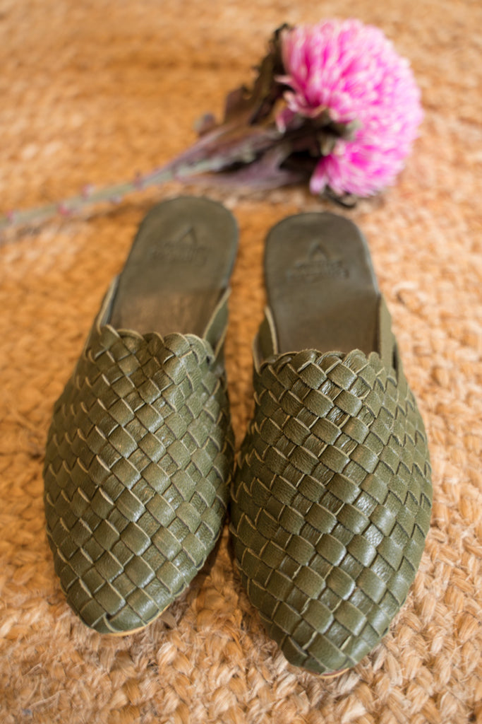 Woven Slides - Ivy