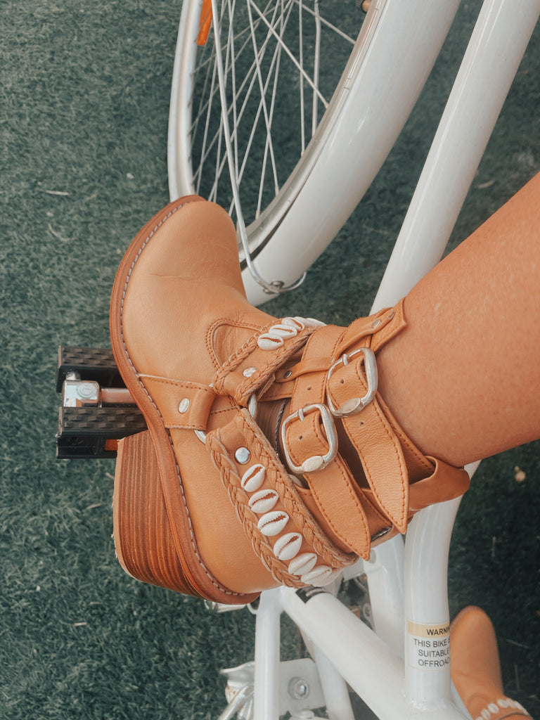 Tan Cowrie Boots
