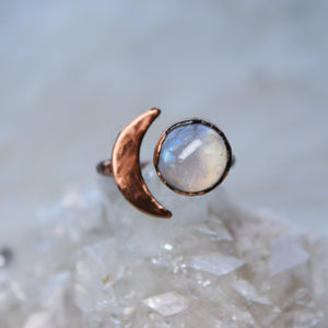Crescent Ring with Rainbow Moonstone Size 5.25