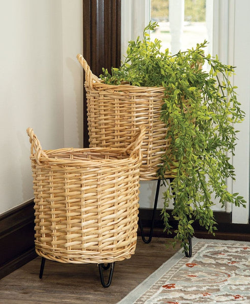 Set of 2 Wicker Basket Planters with Legs